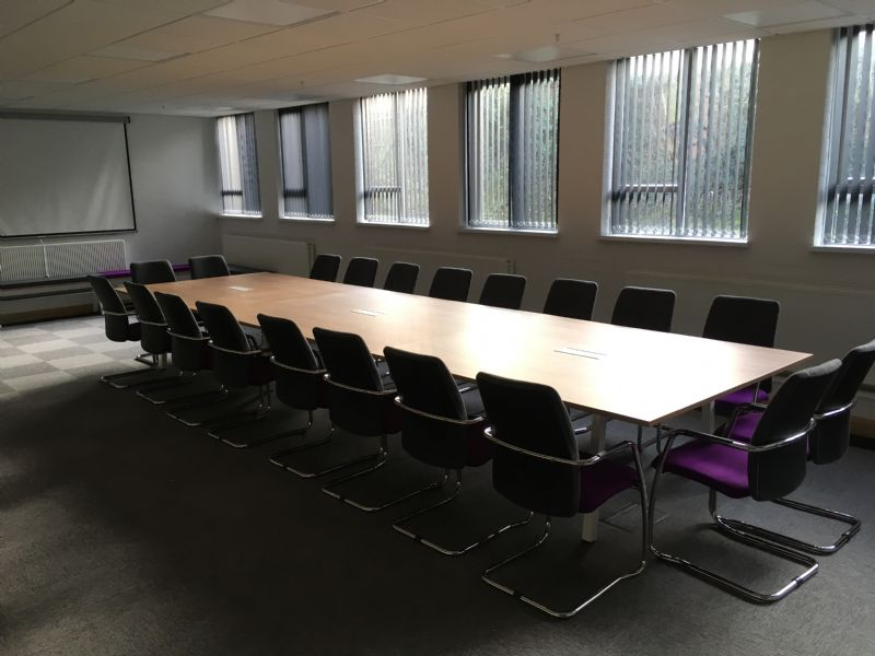 Whether You Are Looking For A New Desk And Chair Or A Completely New Look  And Feel For Your Office, We Offer A Complete Range Of Furniture Options  And ...